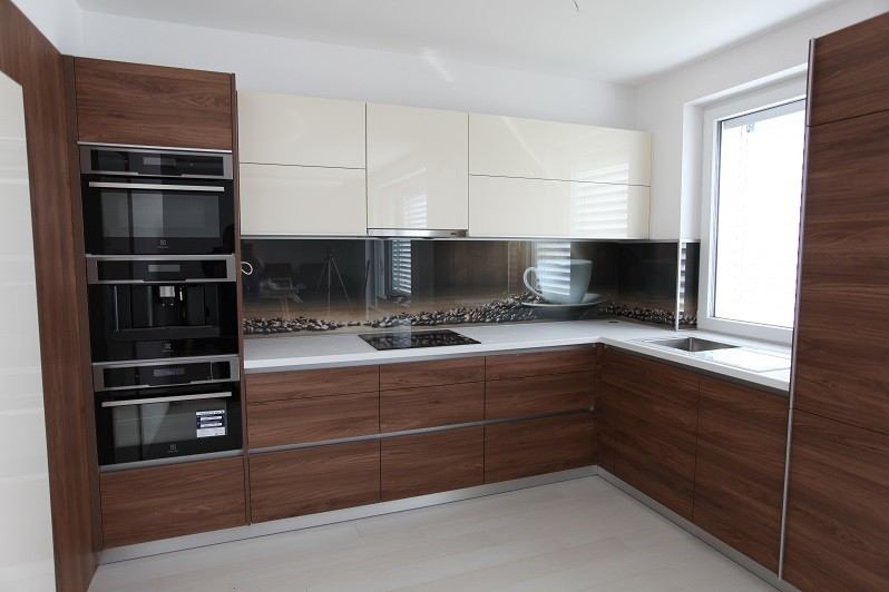 df0484bc797b Luxusná moderná kuchyňa na mieru